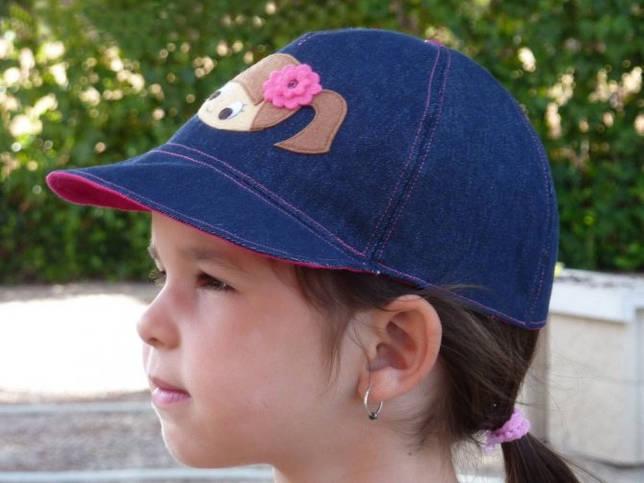 Выкройка Детская кепка с широким козырьком и дополнительной защитой шеи и плеч от солнца